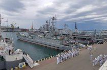 Чествование памяти, флаг в небе и государственные награды: как в Одессе отмечали 25-летие ВМС ВСУ