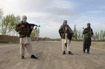 Талибы напали на афганскую военную базу и убили 70 человек