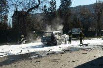 В центре Мариуполя взорвался джип