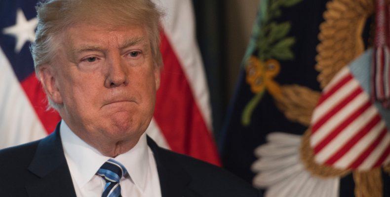 Я думал, что президентом быть легче — Д.Трамп