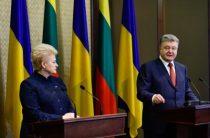Санкции против России должны быть усилены — П. Порошенко